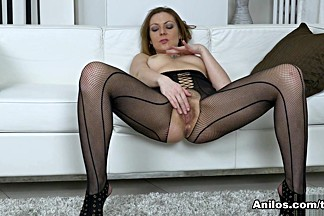 Mischelle in Mature Cougar - Anilos