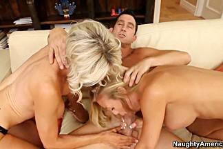 Threesome action with two blonde sluts and big dick