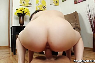 Dana DeArmond & Bill Bailey in House Wife 1 on 1