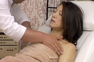 Wet asian yum-yum screwed by my cock in erotic voyeur video