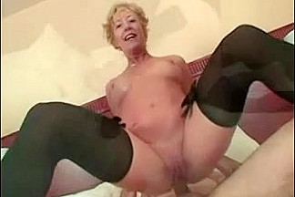 Threesome with a MILF babe enjoying hardcore DP sex