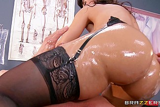 Big Wet Butts: Nurse Booty on Duty. Lisa Ann, Tommy Gunn