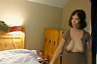 Busty wife doing bed