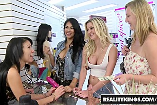 RealityKings - Money Talks - Esmi Lee Jmac Si