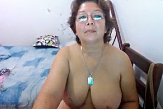 marinamadura amateur record on 07/12/15 16:40 from MyFreecams
