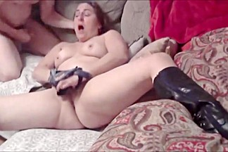 Milf joanne fingering and facial