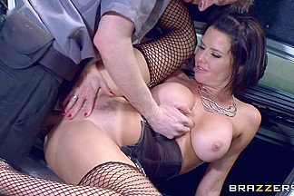 Veronica Avluv & Danny D in The Whore In The Lot - Brazzers