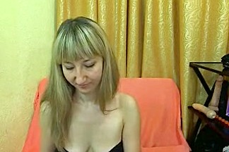 squirt_4u amateur record on 07/04/15 08:50 from MyFreecams