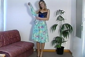 Old pantyhose vid