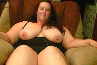 cute bulky older from Usa flash her hawt Body on Livecam.