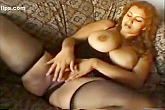 Natural breasts slapping in raunchy motion