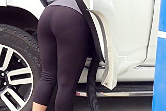 Awesome Mexican milf car wash vpl 1