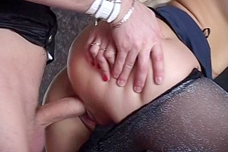 Rita in home made video shows a blowjob and hard fuck